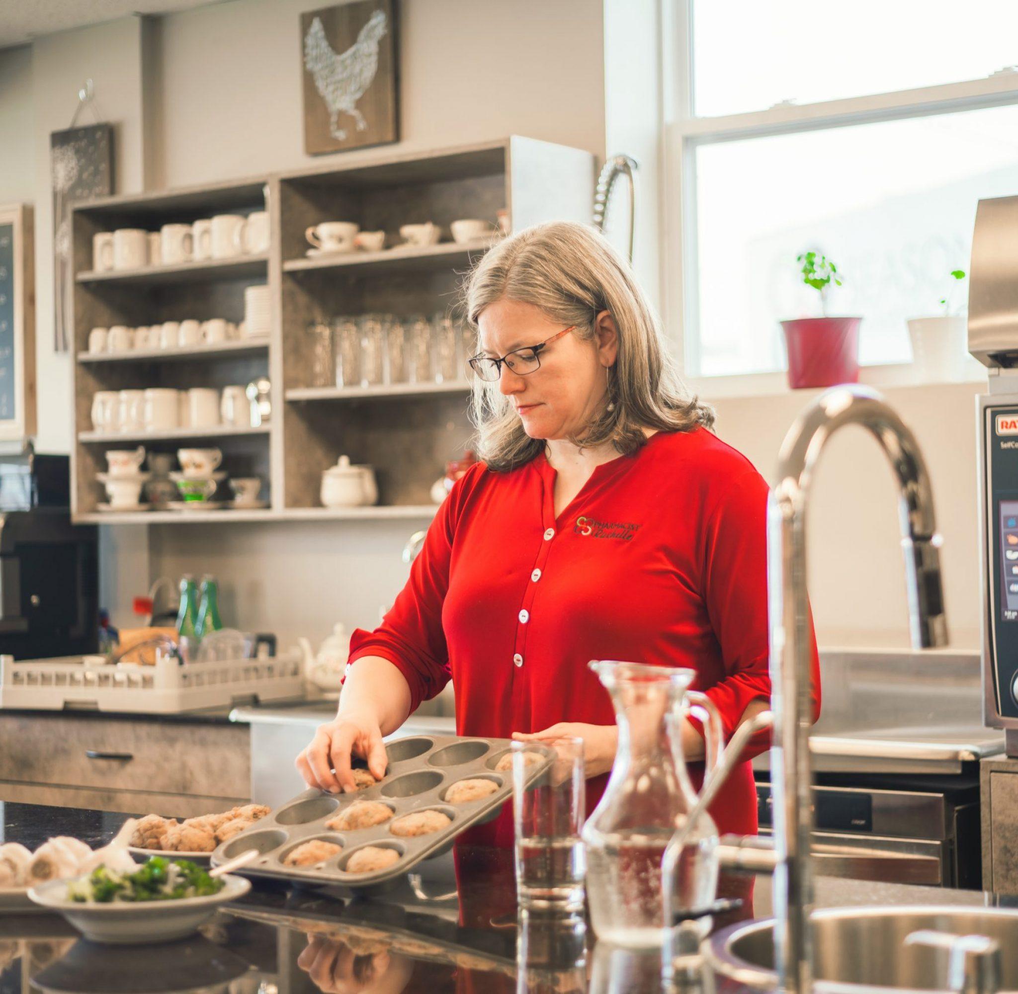 Rechalle in the kitchen preparing organic food